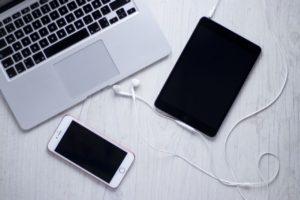 パソコン、タブレット、スマートフォン
